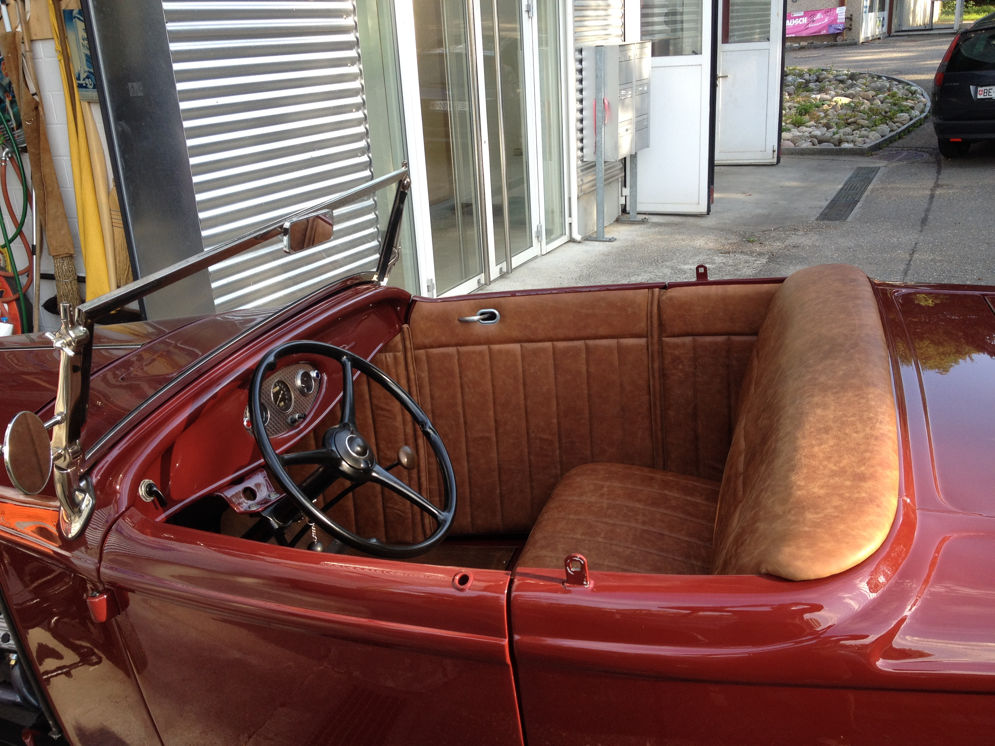 7-Hot_Rod_interieur.jpg